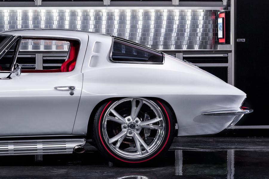 1963 Chevrolet Corvette Custom Rad