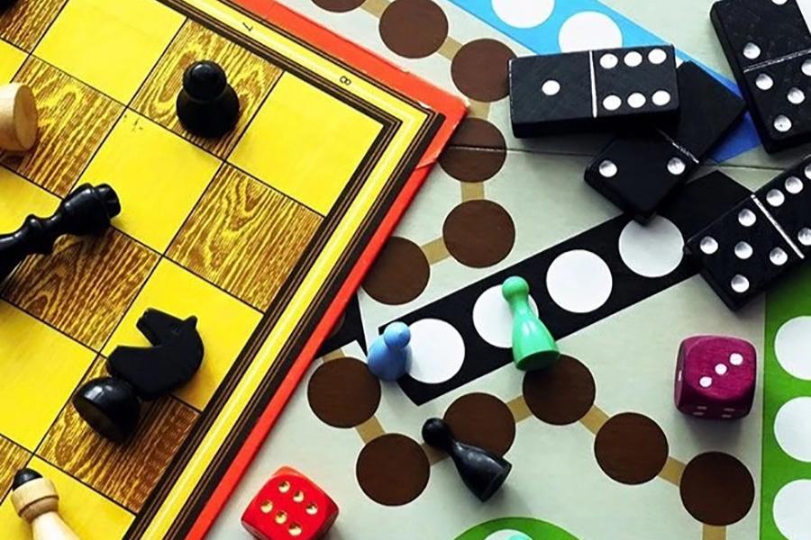 Brettspiel-Abo-Box für Familien