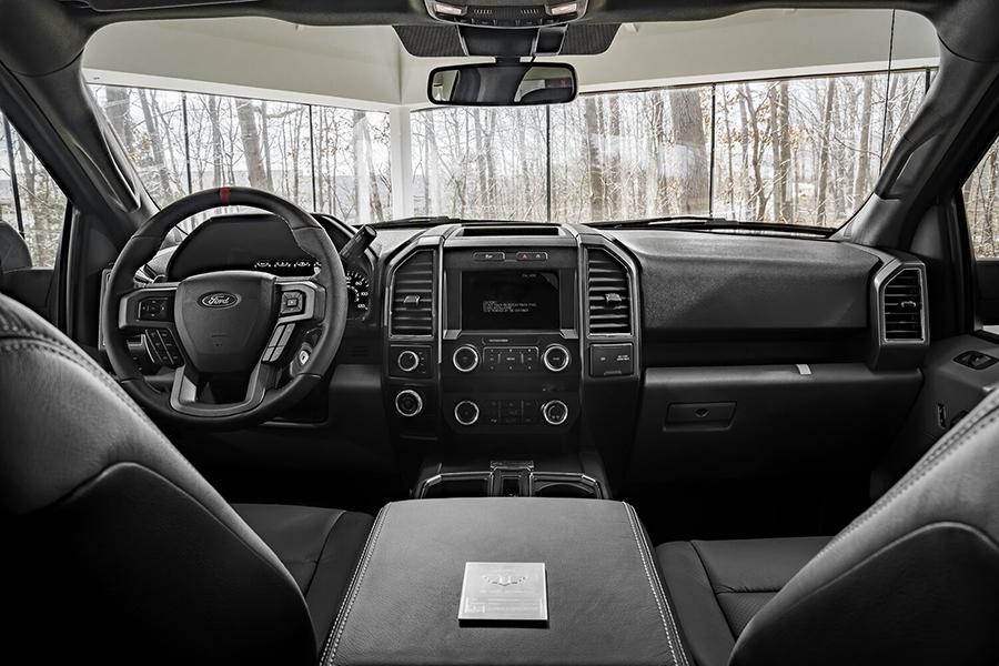Ford F 150 Truck Mil Spec Armaturenbrett und Lenkrad