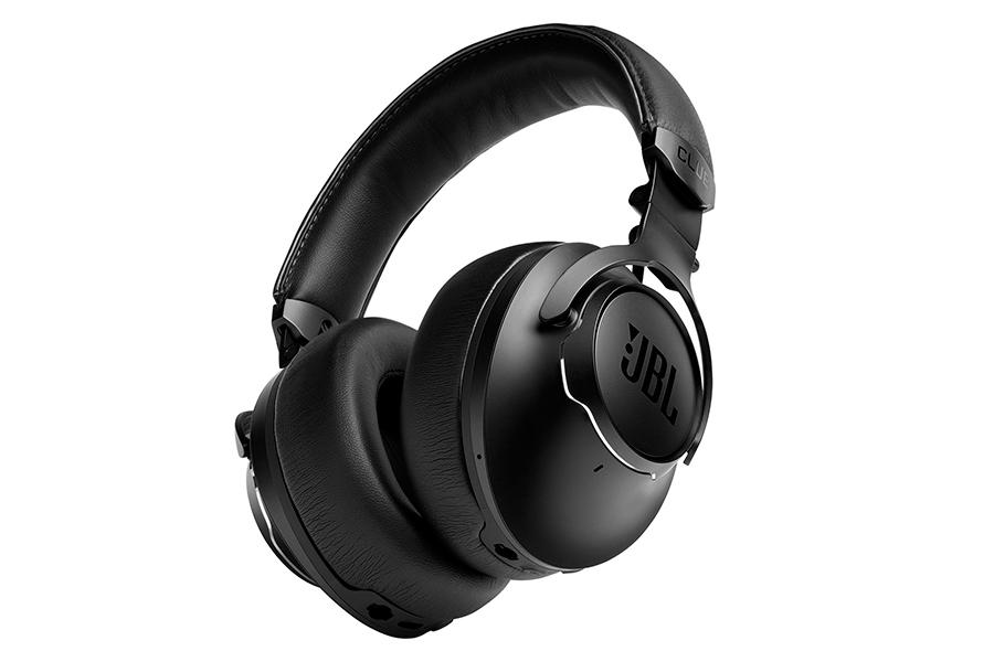 Die neuen Kopfhörer der Club-Serie von JBL passen sich Ihrer Umgebung an
