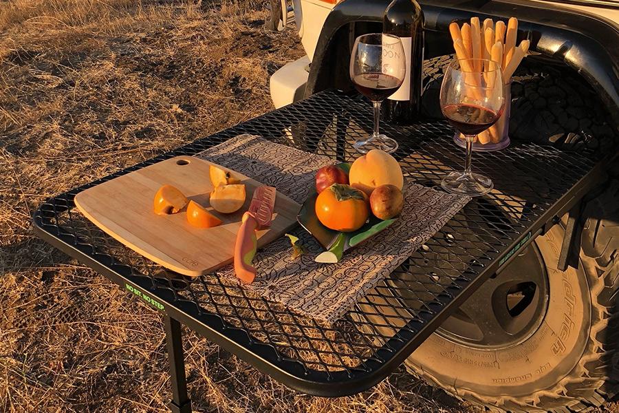 Reifentisch Fahrzeugstahl für Campingfrühstück