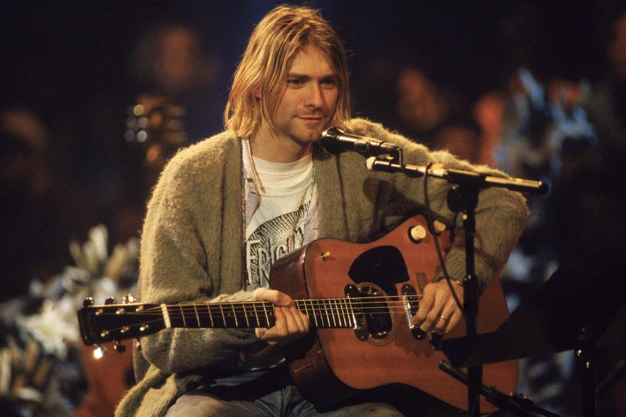 """Kurt Cobains """"MTV Unplugged"""" -Gitarrenset für eine 1-Millionen-Dollar-Auktion"""