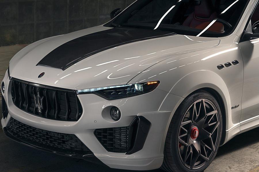 NOVITECs ESTESO Maserati Levante SUV Scheinwerfer