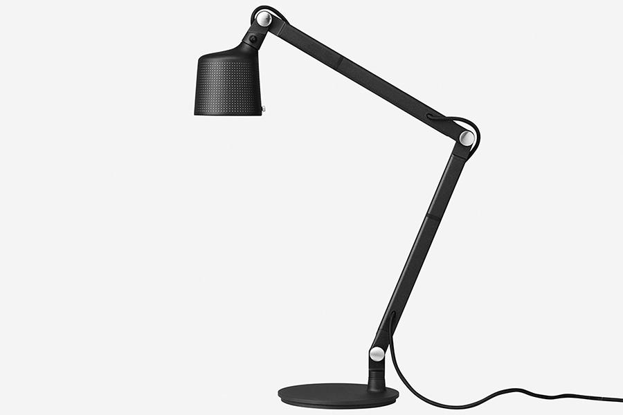 Seitenansicht der Vipp Schreibtischlampe