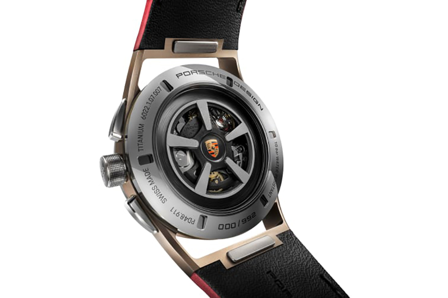 Porsche Design baut die perfekte Uhr für den 911 Targa 4S auf der Rückseite der Uhr