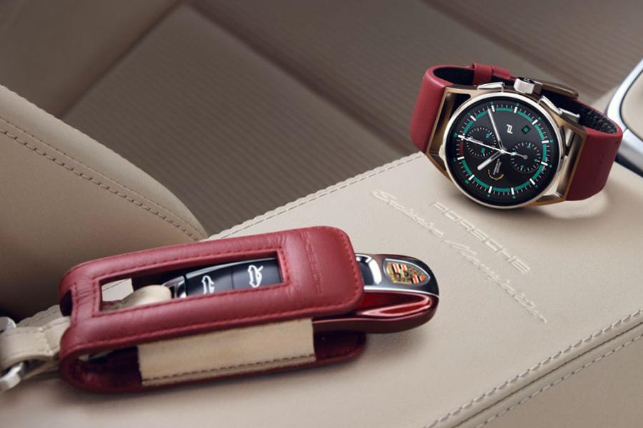 Porsche Design baut die perfekte Uhr für die 911 Targa 4S Uhr und den Autoschlüssel