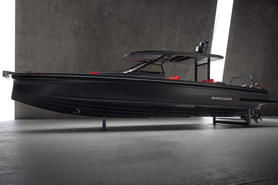 Der handgefertigte Brabus Shadow 900 ist auf nur 37 Boote beschränkt