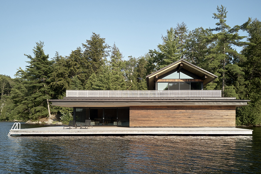 Metrick Cottage and Boathouse Offers Space to Relax