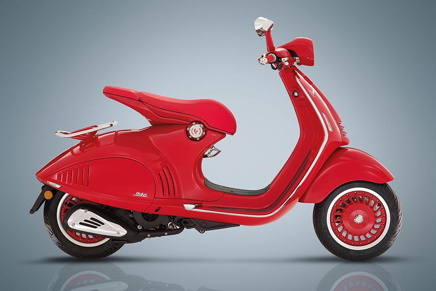 Vespa 946 Christian Dior Roller