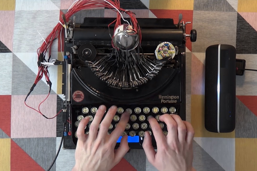 Guy Turns 1920s Typewriter Into an EDM Drum Machine
