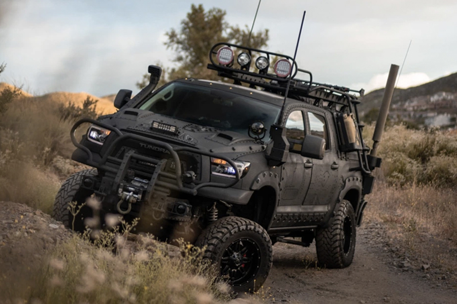2013 Toyota Tundra Custom Build verkörpert Aggression