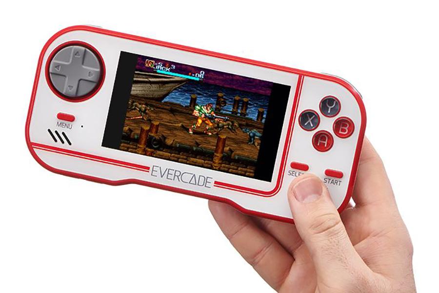 Seitenansicht der Evercade Games Console