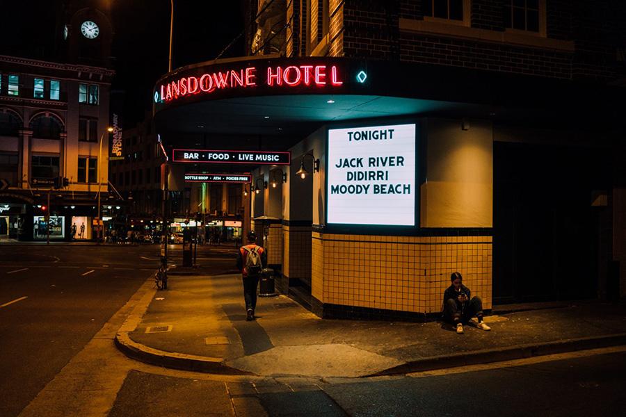 36 besten Veranstaltungsorte für Live-Musik in Sydney - The Lansdowne Hotel