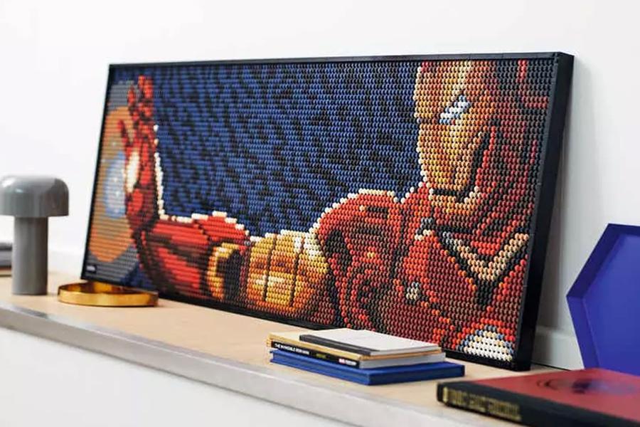 Erstellen Sie eine Home-Galerie mit LEGOs Pop-Art-Postern
