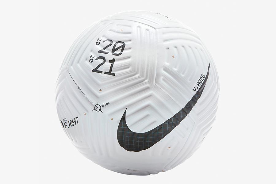 Nike Flug Fußball