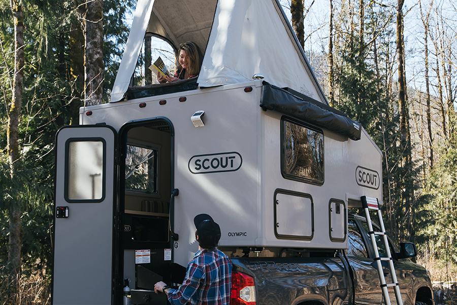 Scout Olympic Camper Rückansicht