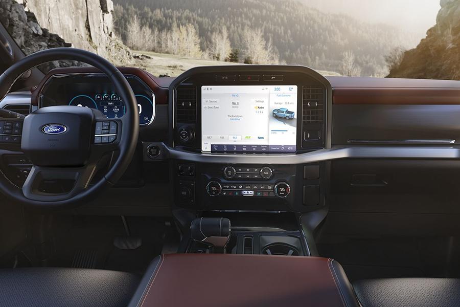 Fords 2021 F-150 Armaturenbrett und Lenkrad