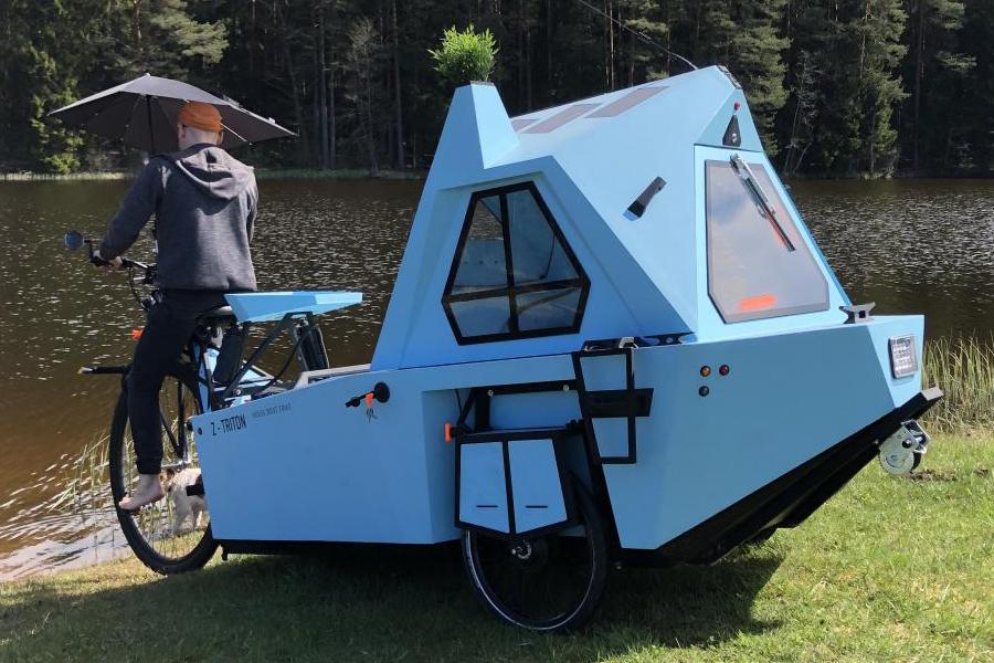 Z-Triton Hausboot-Trike