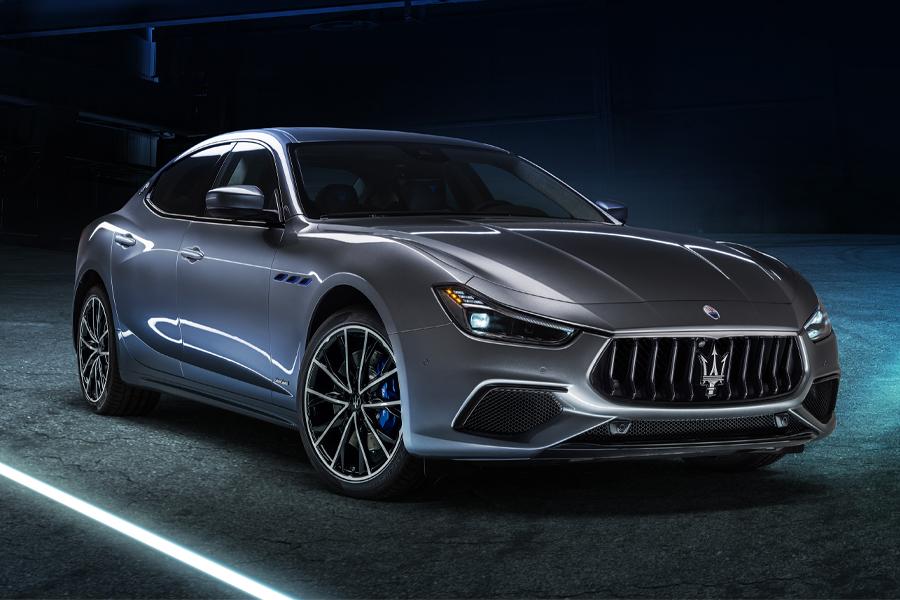 Maserati elektrifiziert mit neuem 2021 Ghibli Hybrid