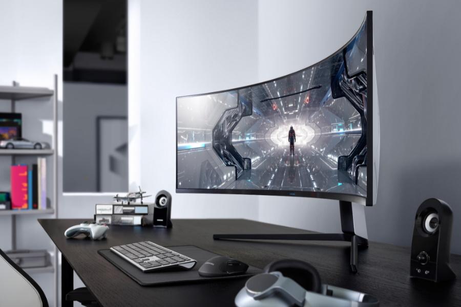 Samsung verschüttet auf futuristischen Odyssey Curved Gaming-Monitoren