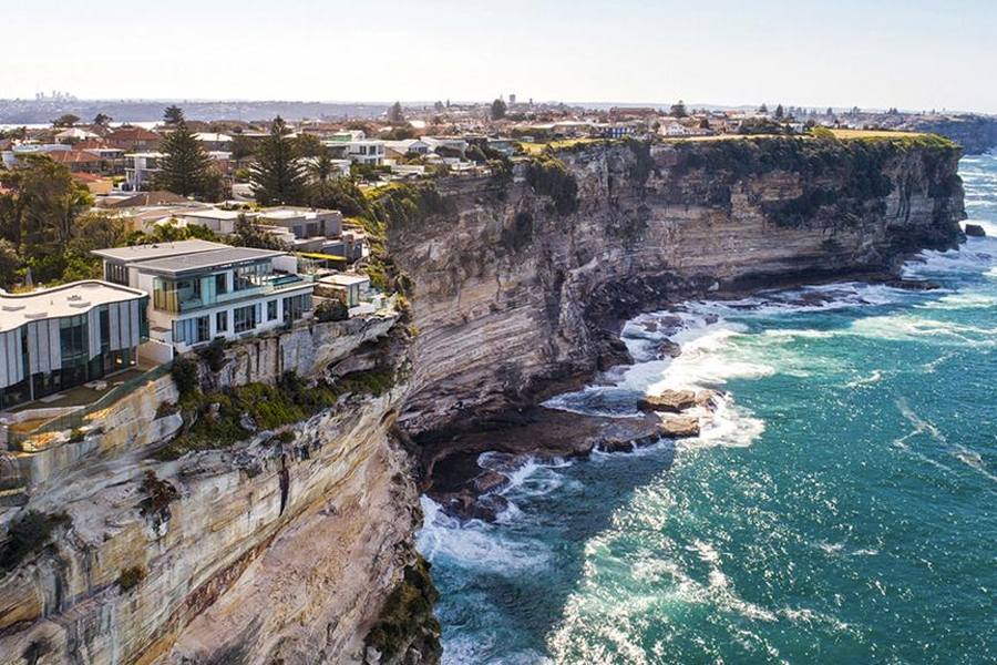 The Official List of Australia's 10 Highest-Earning Suburbs