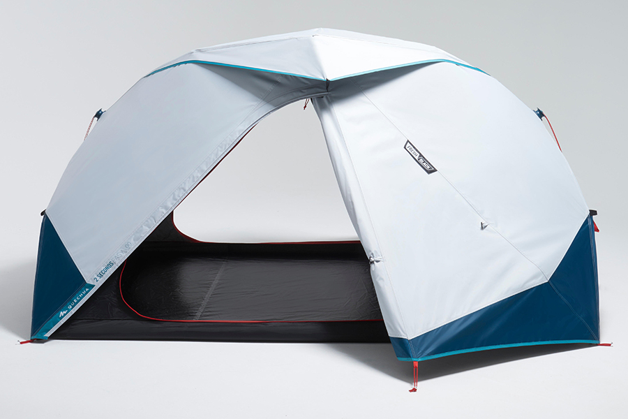 2 Seconds Easy Tent entrance