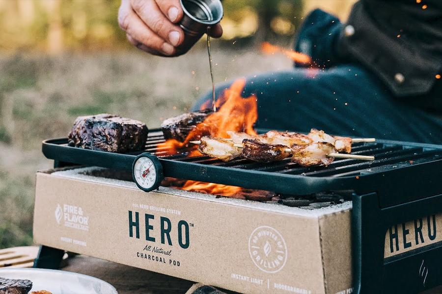 Das HERO Grill System ist tragbar und umweltfreundlich