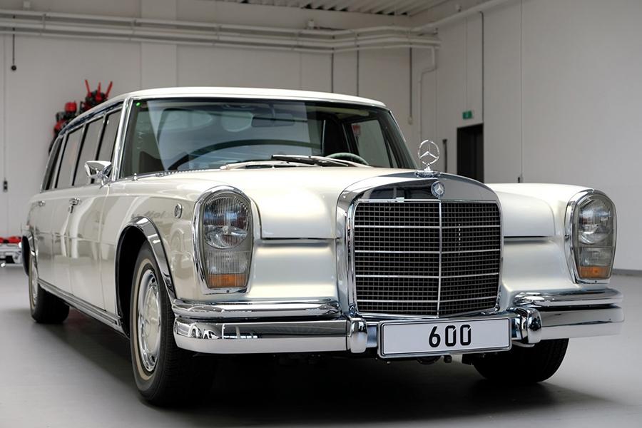 1975 Mercedes-Benz 600 Pullman Maybach Restomod vorne