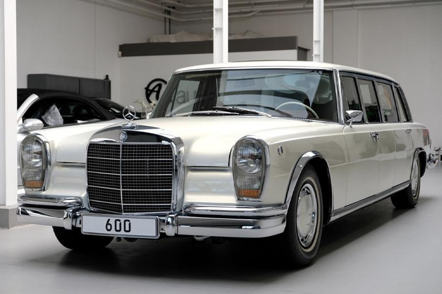 Cruise Dictator-Style mit dem Mercedes-Benz 600 Pullman Maybach von 1975