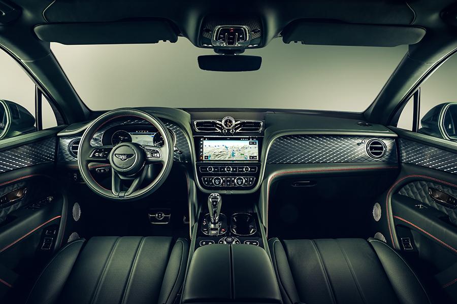 Bentley Bentayga SUV Armaturenbrett und Lenkrad