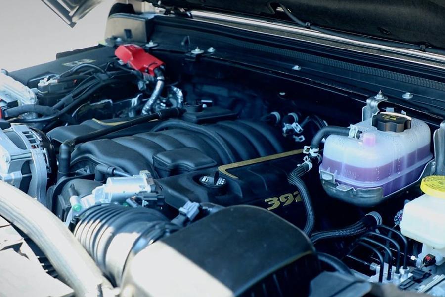 Jeep® stellt neuen 6,4-Liter-V-8 Wrangler Rubicon 392 Concept-Motor vor