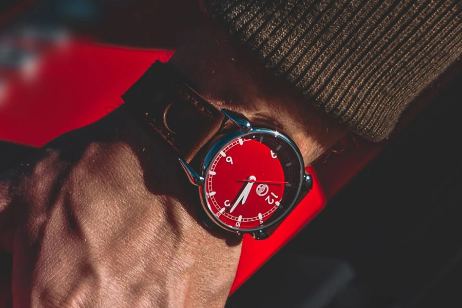 Fuoriserie Uhren am Handgelenk