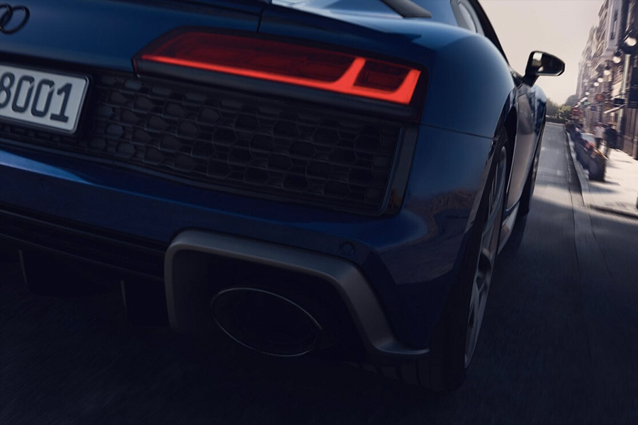 Audi R8 Coupé 1