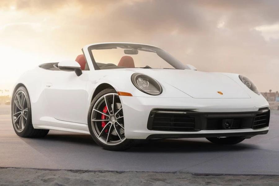 Gewinnen Sie einen 2020 Porsche 911 Carrera Plus $ 20K in bar!