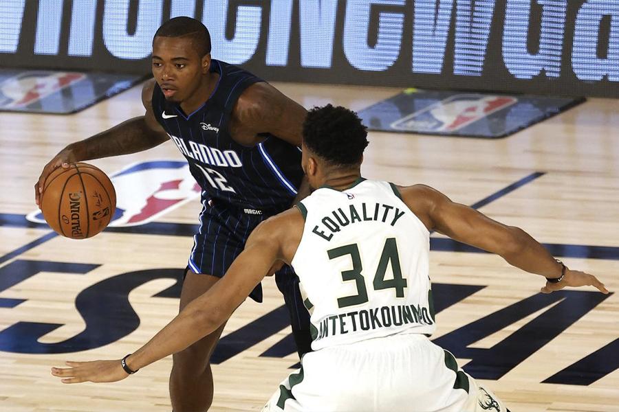 NBA verschiebt Playoff-Spiele, da Teams gegen Jacob Blake Shooting protestieren