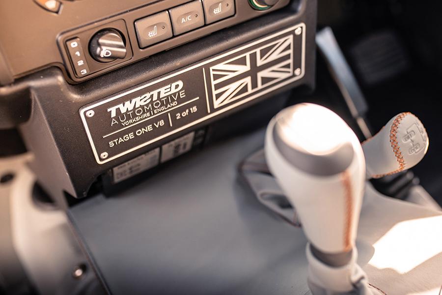 Twisted Auto V8 Defender Stage One Fahrzeug