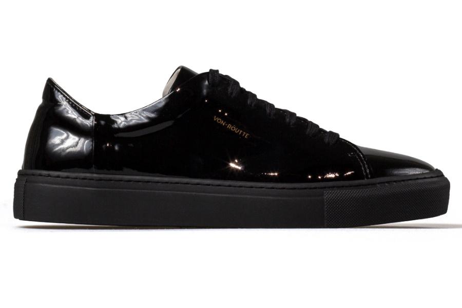 Von-Röutte schwarzer Sneaker