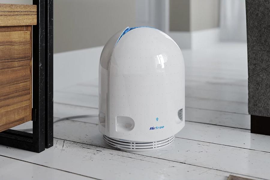Dieser moderne Luftreiniger tötet Allergene ab und sieht dabei schlank aus