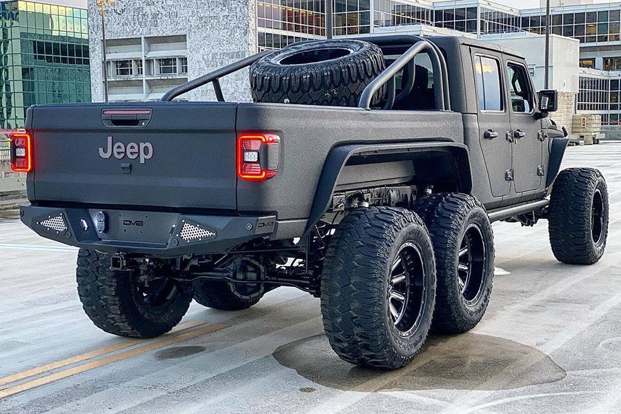 Jeep Gladiator Rubicon zurück