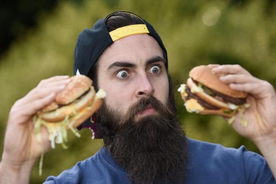 "McDonald's verklagt tatsächlich Hungry Jack's wegen des ""Big Jack"""