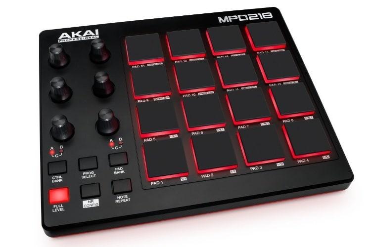 akai professional mpd218 sound board