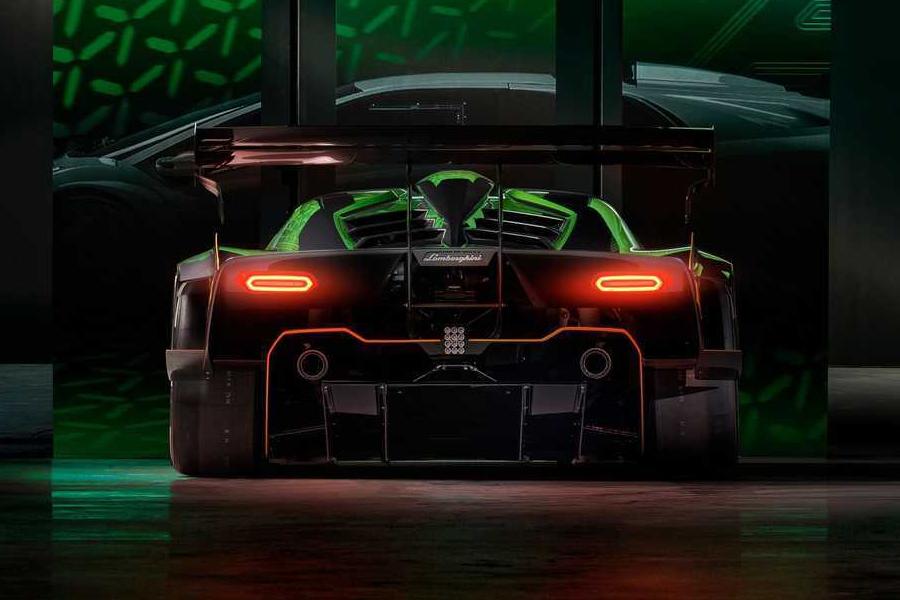 Lamborghini Essenza SCV12 Rückansicht