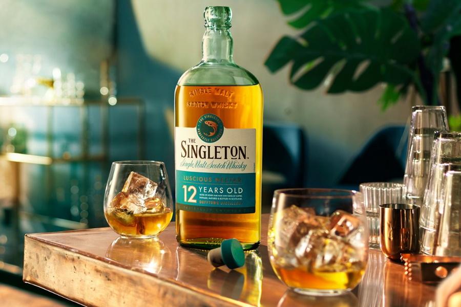 Der Singleton lässt einen 12 Jahre alten Single Malt fallen, der perfekt für Crafty Cocktails geeignet ist