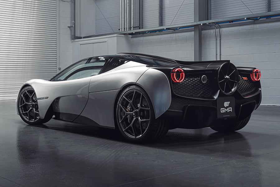 Der Designer des McLaren F1 präsentiert die T.50-Seitenansicht
