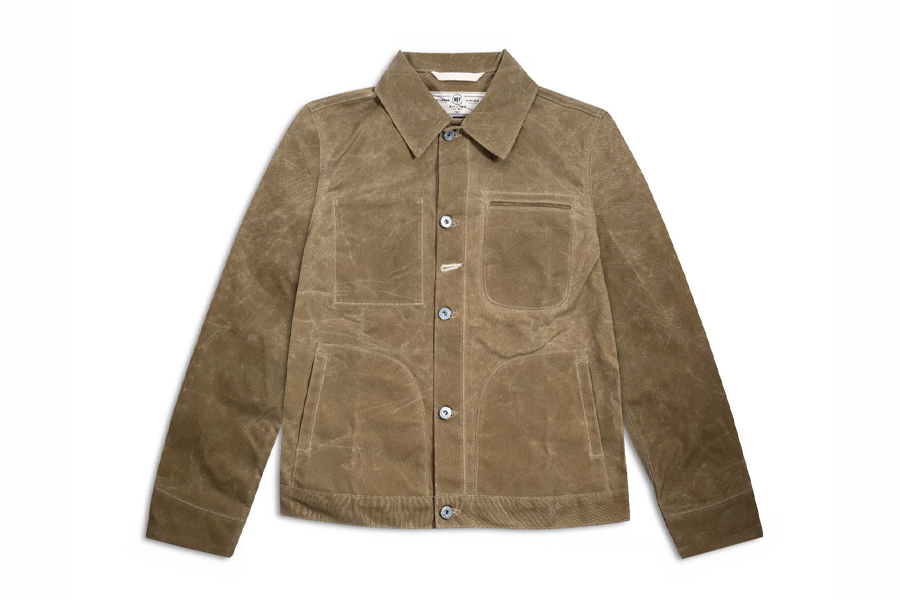 """Erziele 007s Rogue Territory Supply Jacket aus """"No Time To Die""""."""