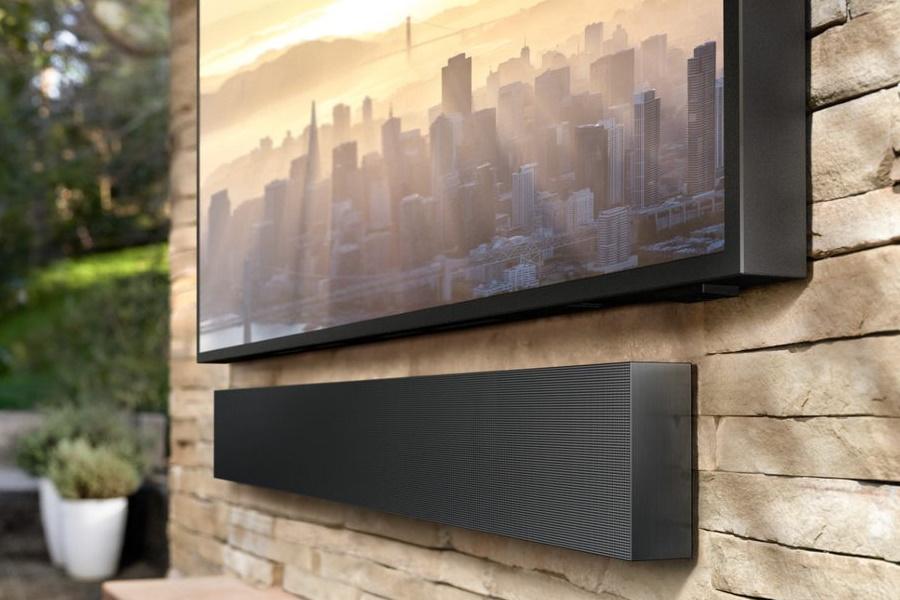 Samsung wetterbeständiger Fernseher und Soundbar
