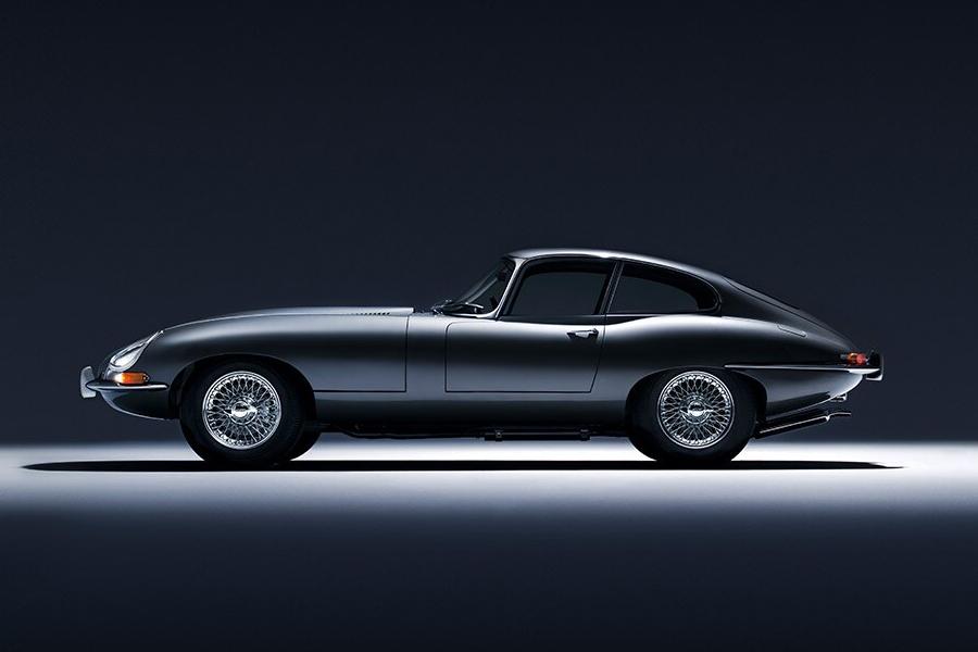 60 Jahre Jaguar E-Type Seitenansicht
