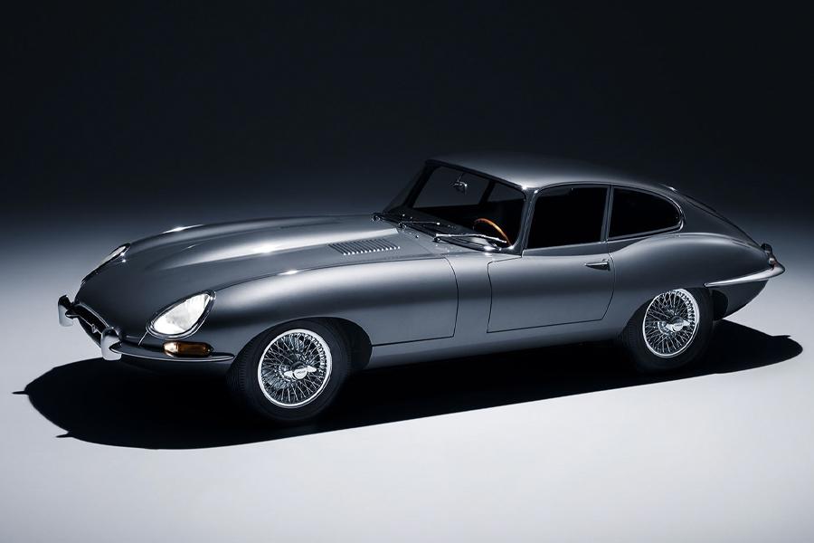 Der Jaguar E-Type wird nach 60 Jahren wiedergeboren