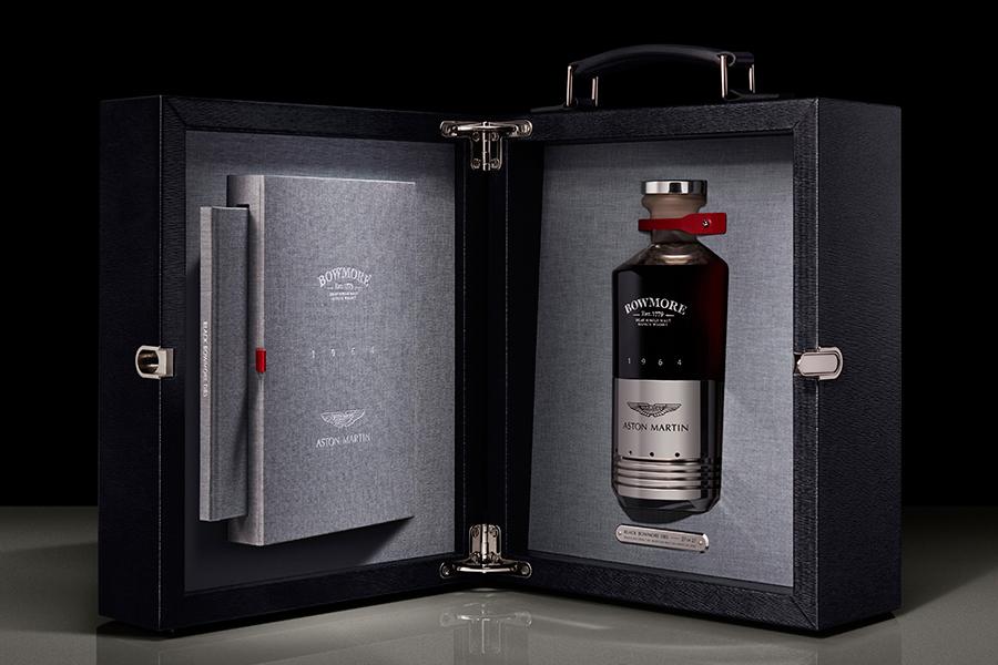 Aston Martin x Bowmore Whisky in der Box