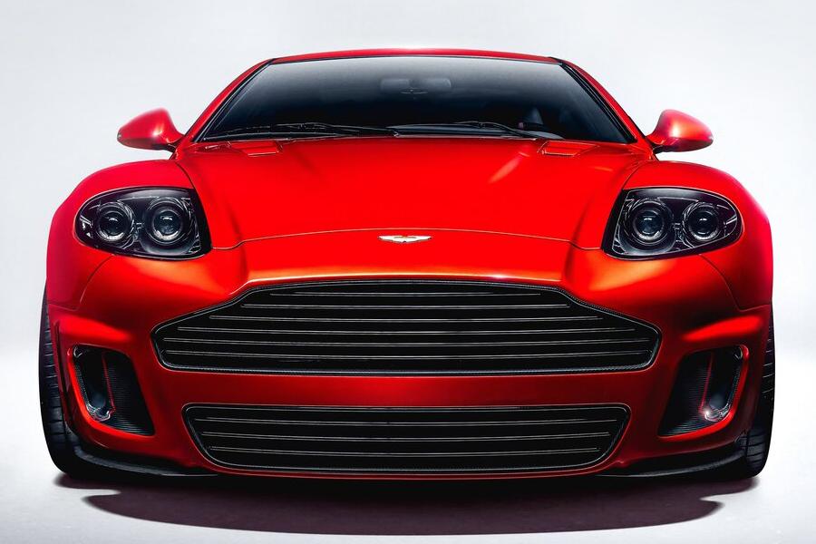 Aston Martin Callum vorne